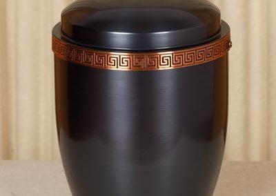 Urna a vaso in metallo e bronzo