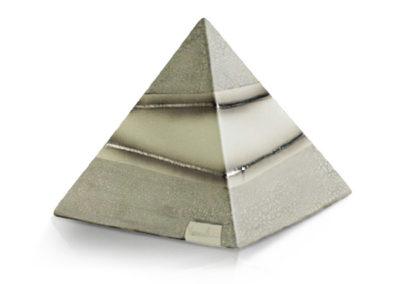 Urna a piramide in ceramica, vari colori, decorazioni in platino